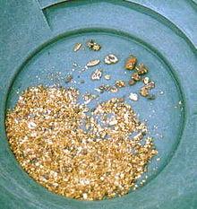 220px-Alaska_Gold_in_pan
